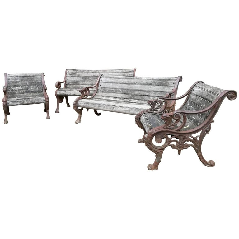 French Napoleon III Cast Iron Garden Set with Wood Slats from 19th Century