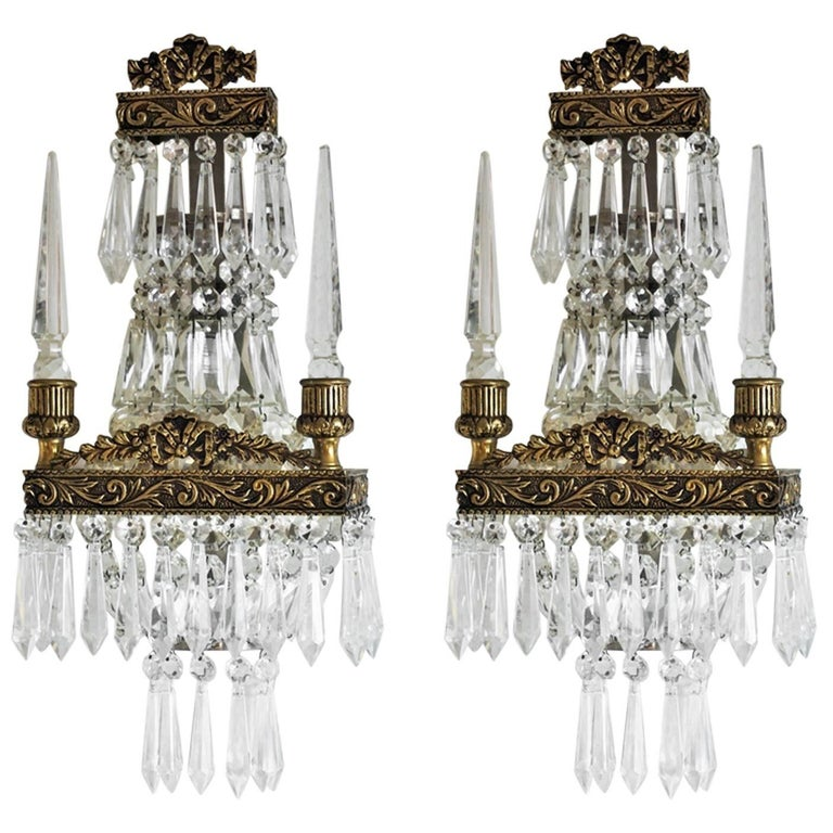 Early 20th Century Pair of French Cut Crystal Bronze Wall Sconces