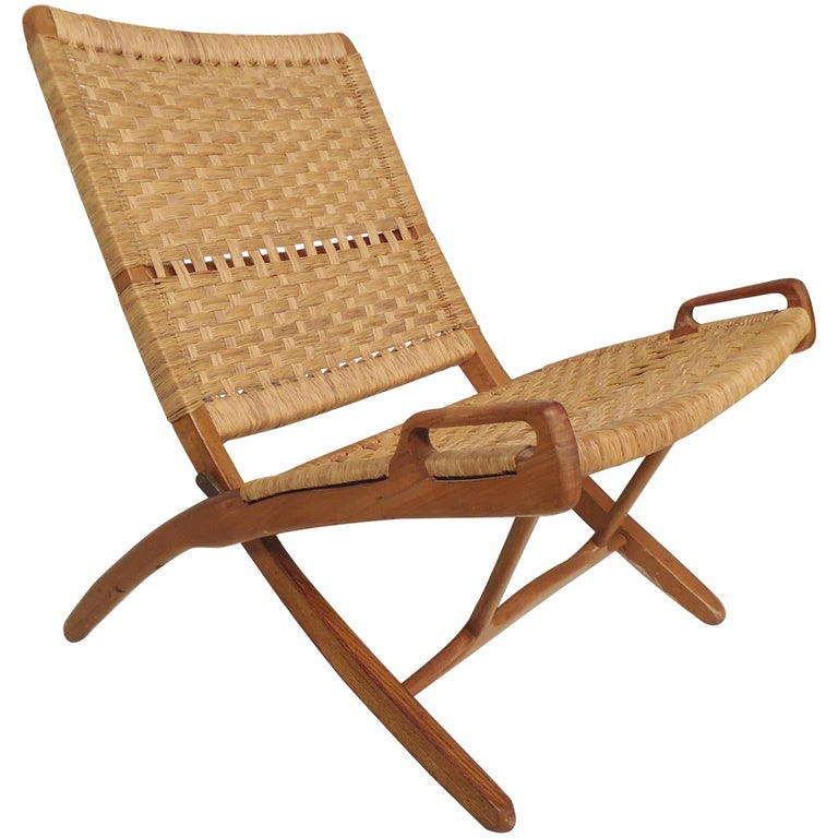 Hans Wegner Style Folding Chair