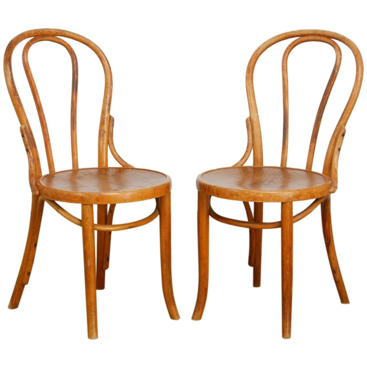 Pair Of Michael Thonet No. 18 Bentwood Viennese Cafe Chairs