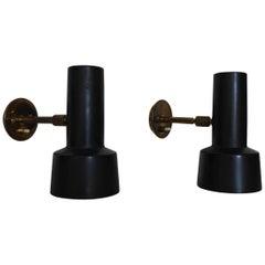 Gino Sarfatti Pair of Brass Wall Lamps, Model 35, Ed Arteluce, Italy, 1958
