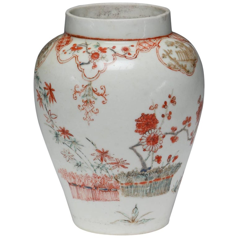 Baluster Vase, Kakiemon Decoration, Bow Porcelain Factory, circa 1748