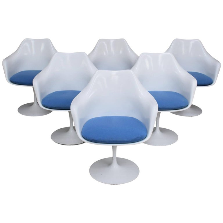 Eero Saarinen for Knoll Model 150 Early Set of Six Tulip Armchairs
