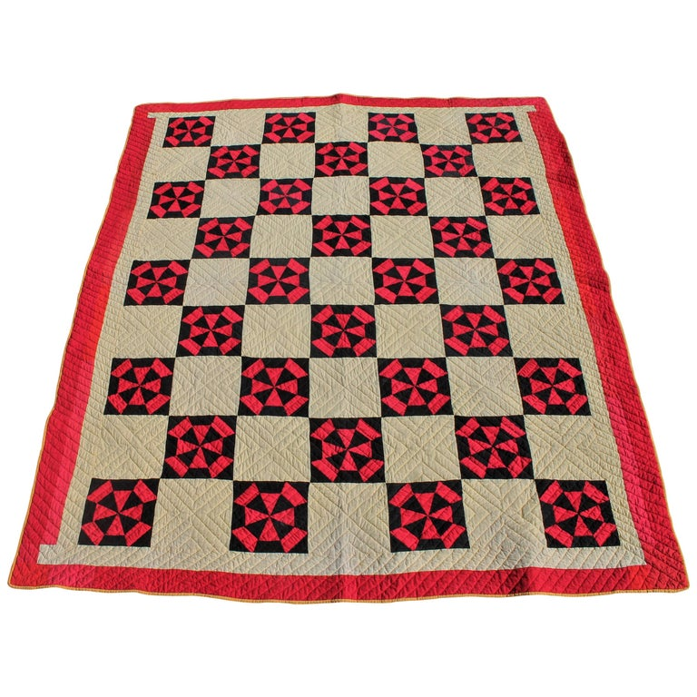 Amish Quilt in Pinwheel Pattern For Sale