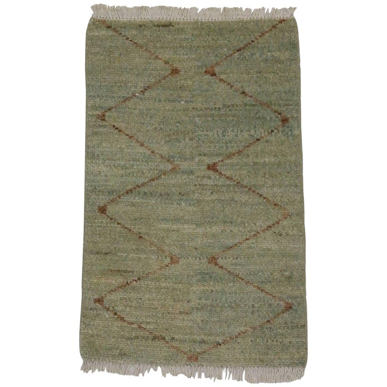 Modern Moroccan Style Accent Rug, Kitchen, Entry Or Foyer