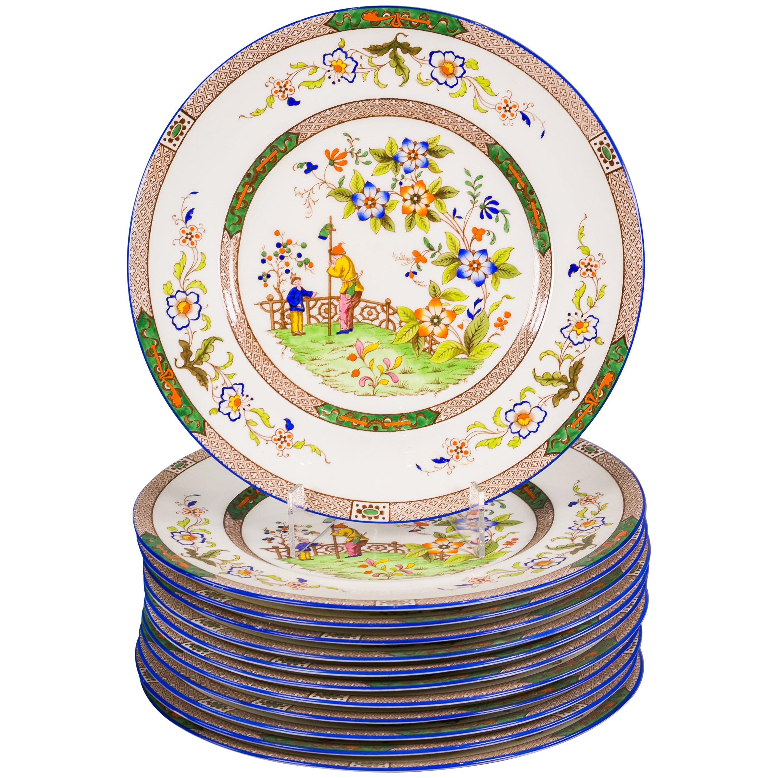 Set of Twelve English Porcelain Dinner Plates, Coalport, circa 1900
