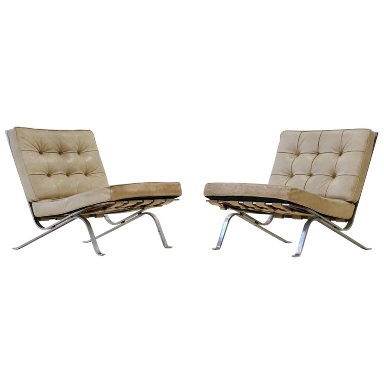 Set of Two RH-301 De Sede Flat Bar Lounge Chairs in Leather by Robert Haussmann