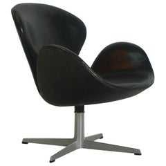 Arne Jacobsen, Black Leather Swan Chair for Fritz Hansen, Denmark, 1957