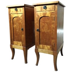 Stunning Pair of Early 20th Century French Satinwood Bedside Table Cabinets