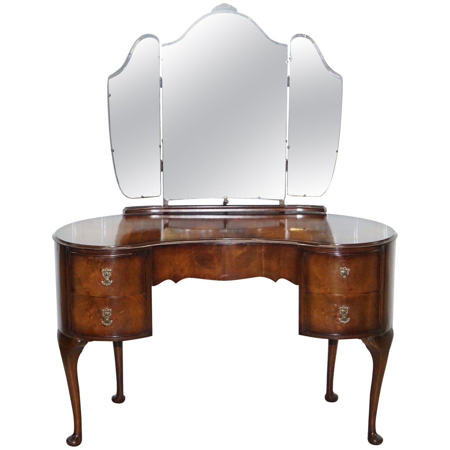 Incroyable Stunning 1930s Flamed Mahogany Kidney Shaped Dressing Table Tri Fold  Mirrors At 1stdibs