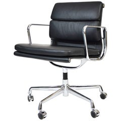 Charles Eames Vitra Soft Pad Aluminium Group Black Leather Chair Unused