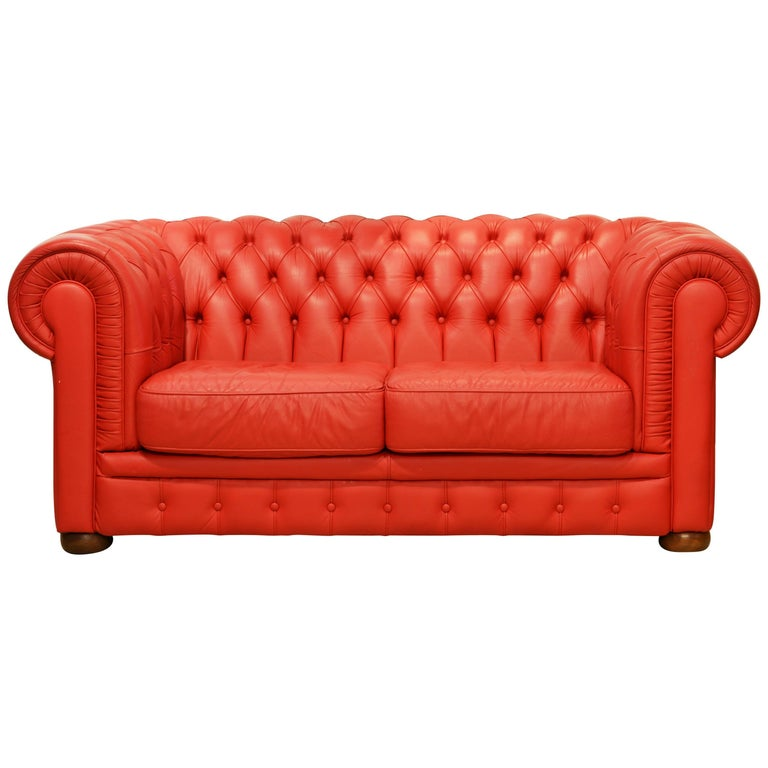 Wonderful Italian Red Leather Chesterfield Sofa in the Style of Poltrona Frau For Sale