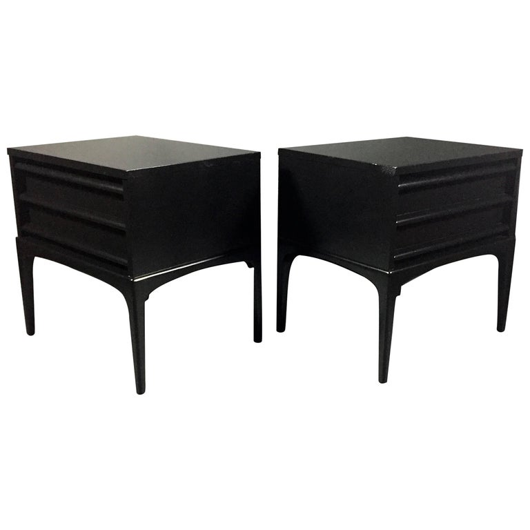 Pair of Midcentury Black Lacquered End Tables, USA, 1960s