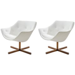 Pair of Restored Mandariini Lounge Chairs by Carl-Gustaf Hiort Af Ornäs in 1960