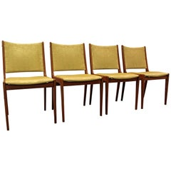 Set of Four Midcentury Danish Modern Mobler Style Teak Dining Chairs