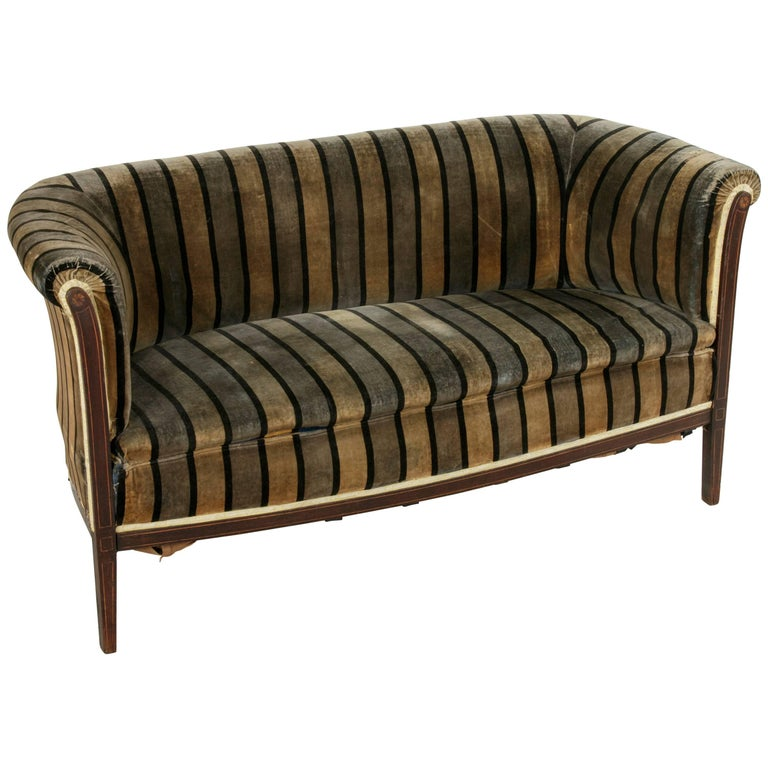 Early 20th Century Art Deco Period Mahogany, Lemon Wood, Sycamore Settee or Sofa For Sale