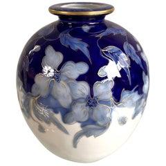 Camille Tharaud, Vase en Porcelaine à Décor De Fleurs, France, 1930