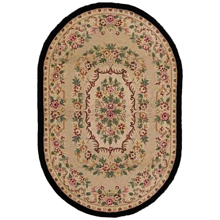 20th Century North America Oval Hooked Rug Floral Bouquet Hand-Knotted Wool Grey
