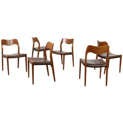 Set of Six Danish Modern Niels Moller Mod. 71 Dining Chairs Teak and Leather