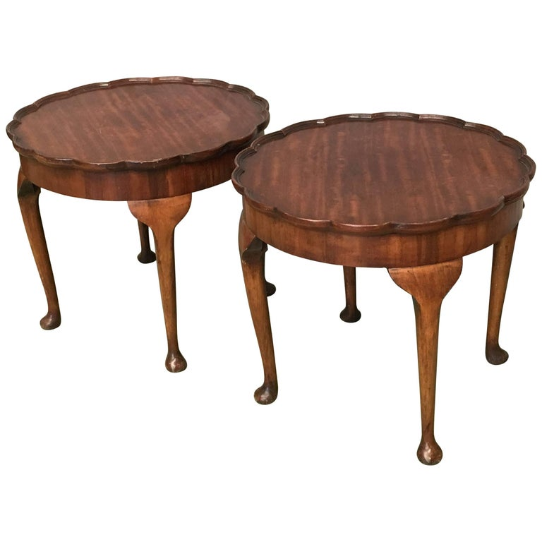 19th Century Pair of Side Salon Tables with Fleur Top in Walnut