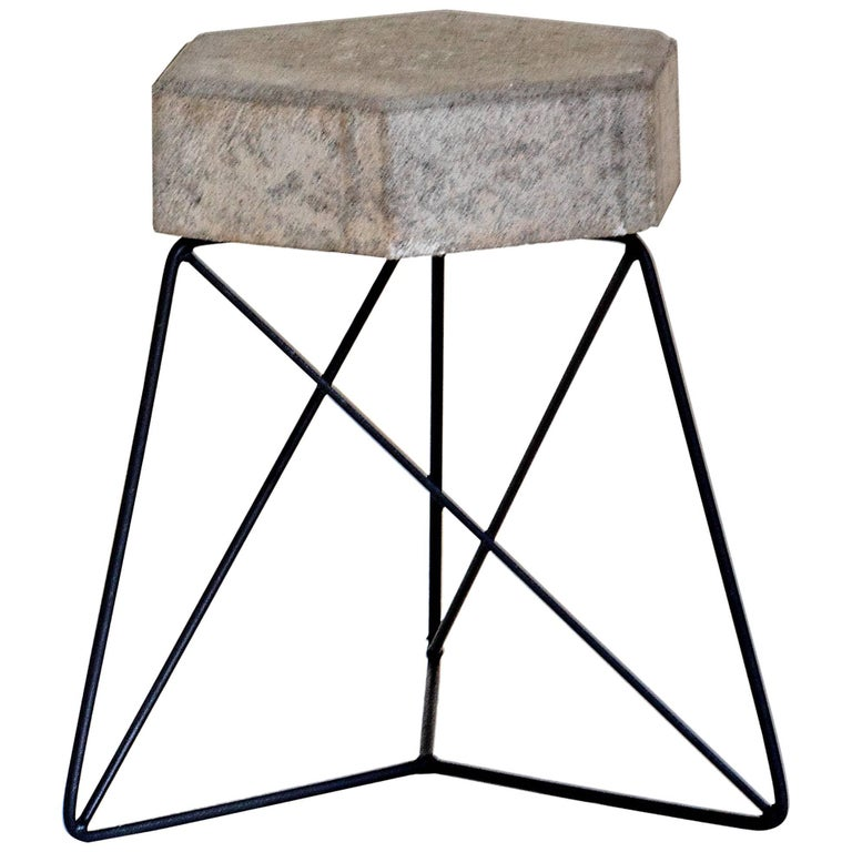 Mini Urbe Stool Made of Concrete and Steel Brazilian Contemporary Design For Sale