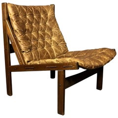 Scandinavian 1970s Buttoned Leather Lounge Chair, Beechwood