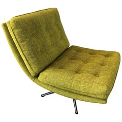 Nice Lounge Chair in a Nice Citrus