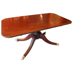 Early Victorian English Mahogany Tilt-Top Breakfast Table