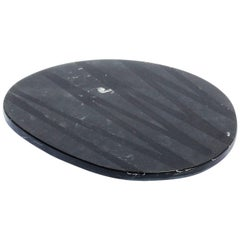SIN FIN, Huevo Crema Serveware Platter in Marble and Resin, Black