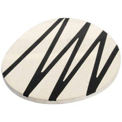 Sin Fin, Huevo Negro Serveware Platter in Limestone and Resin, Cream and Black