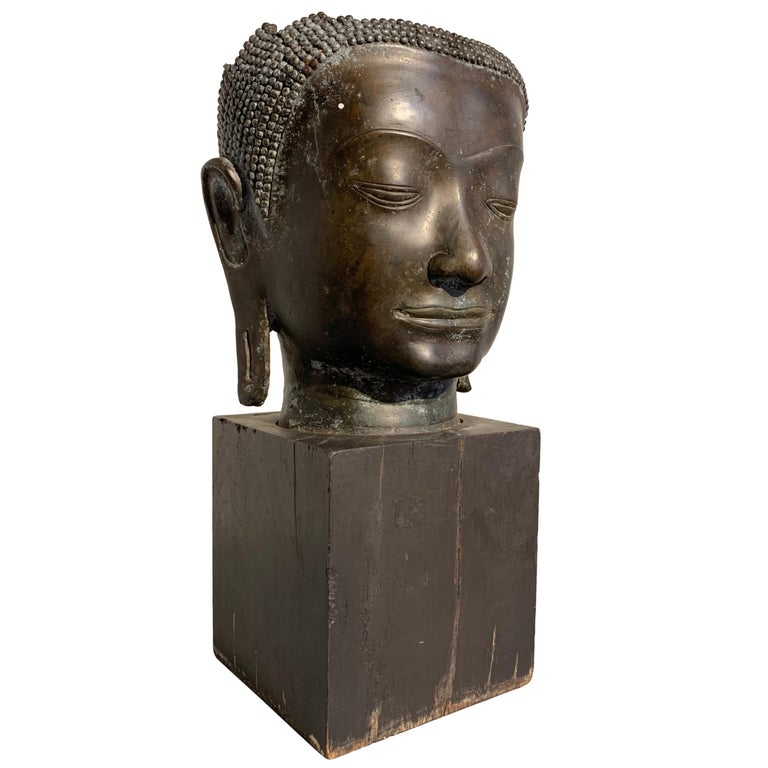 Thai Bronze Head of the Buddha, Ayutthaya U-Thong Style, 14th-15th Century For Sale