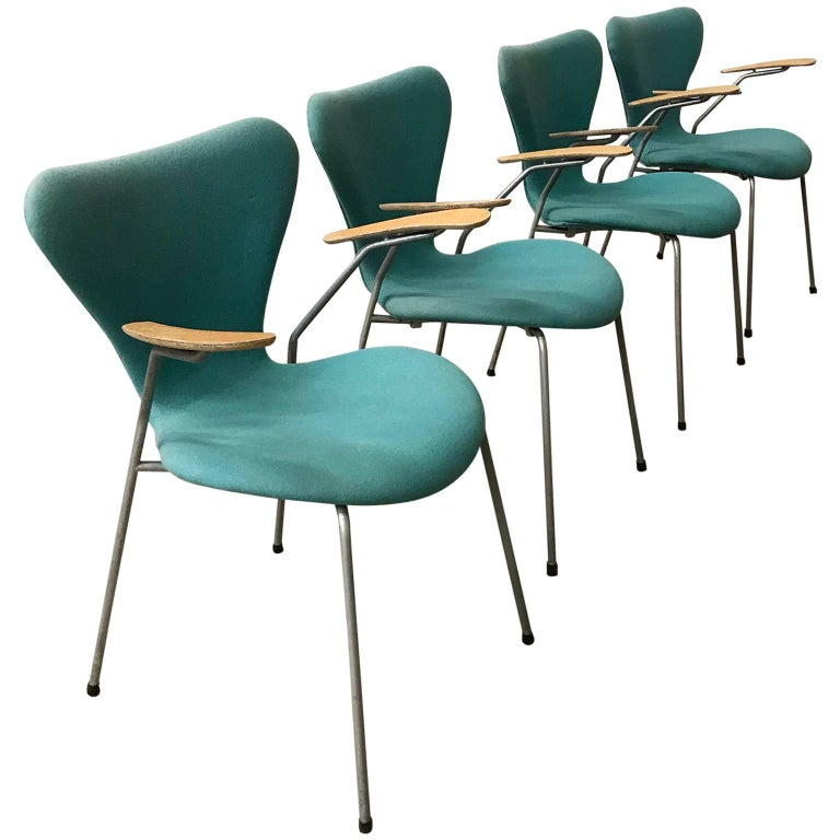 Arne Jacobsen, Set of Four Turquoise Upholstered 3207 Butterfly Armchairs, 1955
