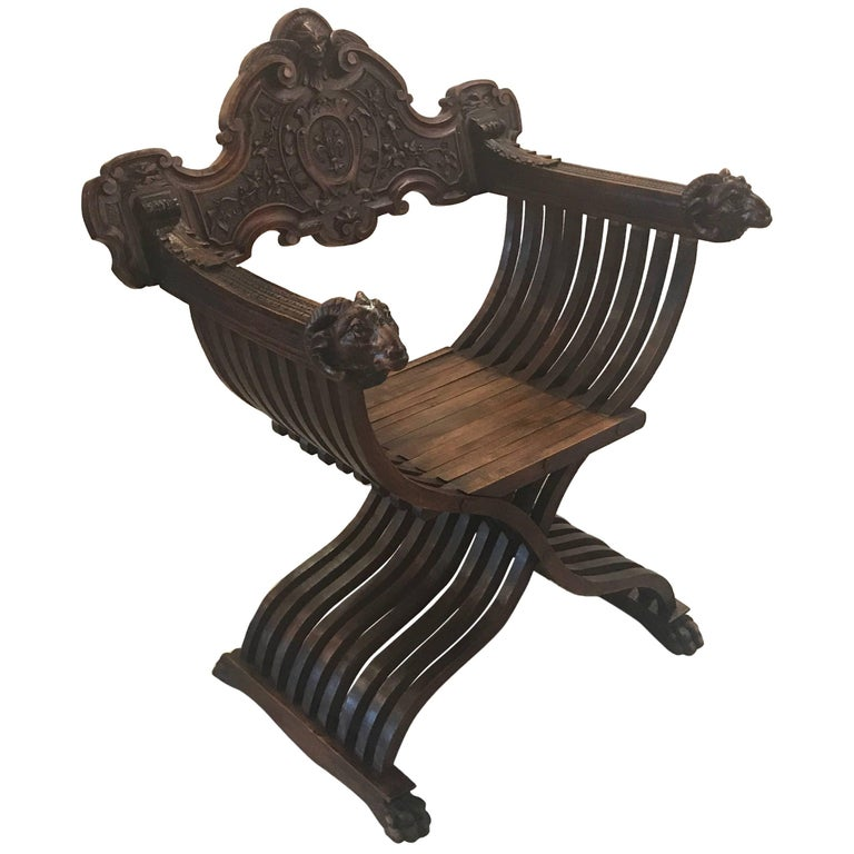 Italian Hand-Carved 19th Century Walnut Savonarola Chair
