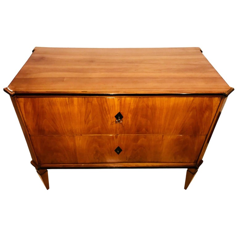 Small Biedermeier Commode, Cherry Veneer, South Germany circa 1820