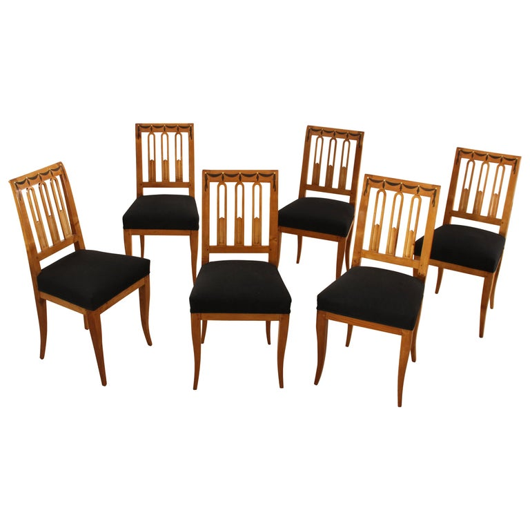 Set of Six Biedermeier Dining Chairs, Garland Inlays, South Germany, circa 1820 For Sale