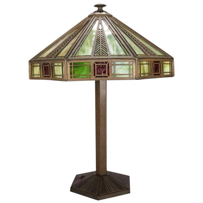 Arts & Crafts Frank Lloyd Wright School Bradley & Hubbard Slag Glass Lamp
