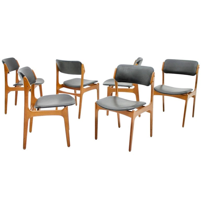 Set of Six Dining Room Chairs Teak Wood and Black Leather by Erik Buch, Denmark