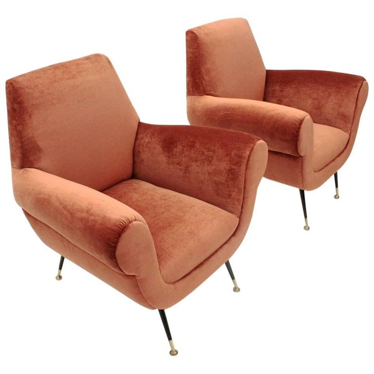 Set of Two Italian Pink Velvet Armchairs by Gigi Radice for Minotti, 1950s