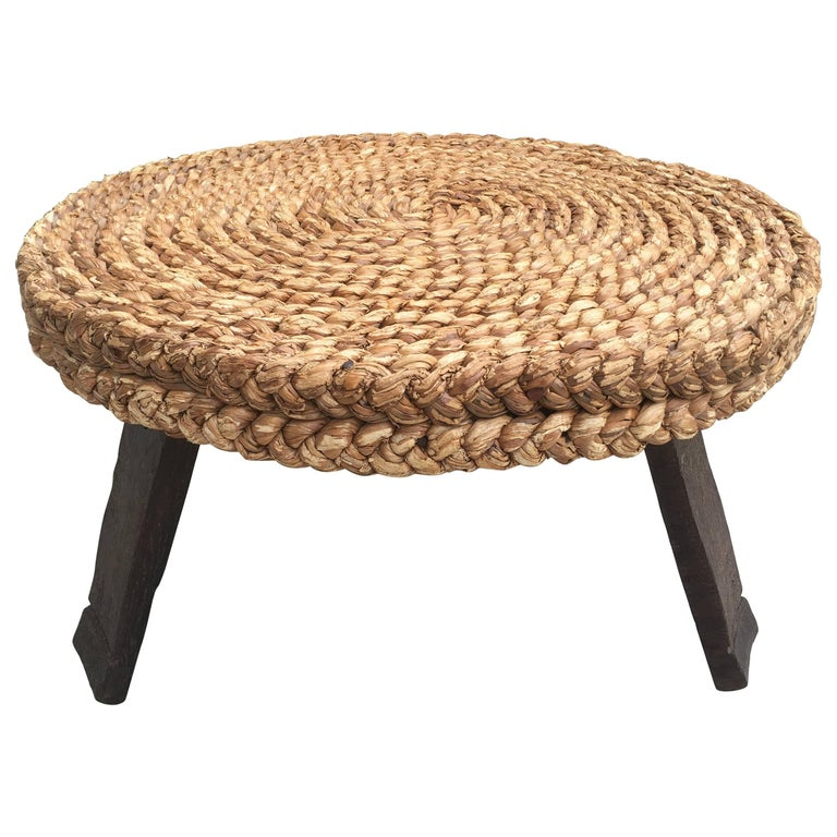 1960s French Rattan Round Low Table Based on Three Brown Oak Feet