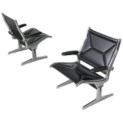 Pair of 1960s Charles Eames Airport Chairs for Herman Miller, Black and Chrome