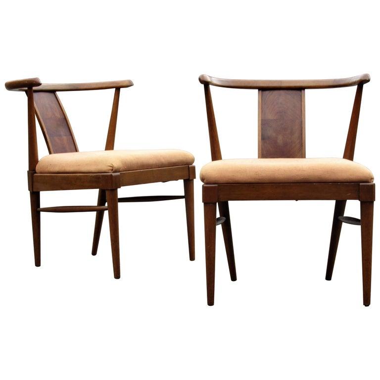 Mid-20th Century Modern Wishbone Chairs Style of Tomlinson