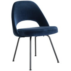 Saarinen Executive Armless Chairs in Navy Velvet, Obsidian Matte