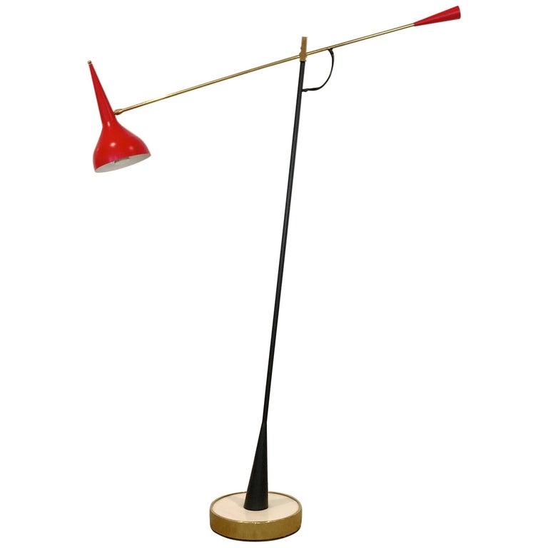 Articulating Counterweight Arm Floor Lamp