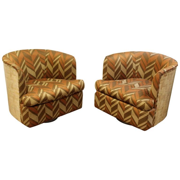 Mid-Century Modern Pair of Baughman Thayer Coggin Wood Club Barrel Swivel Chairs For Sale