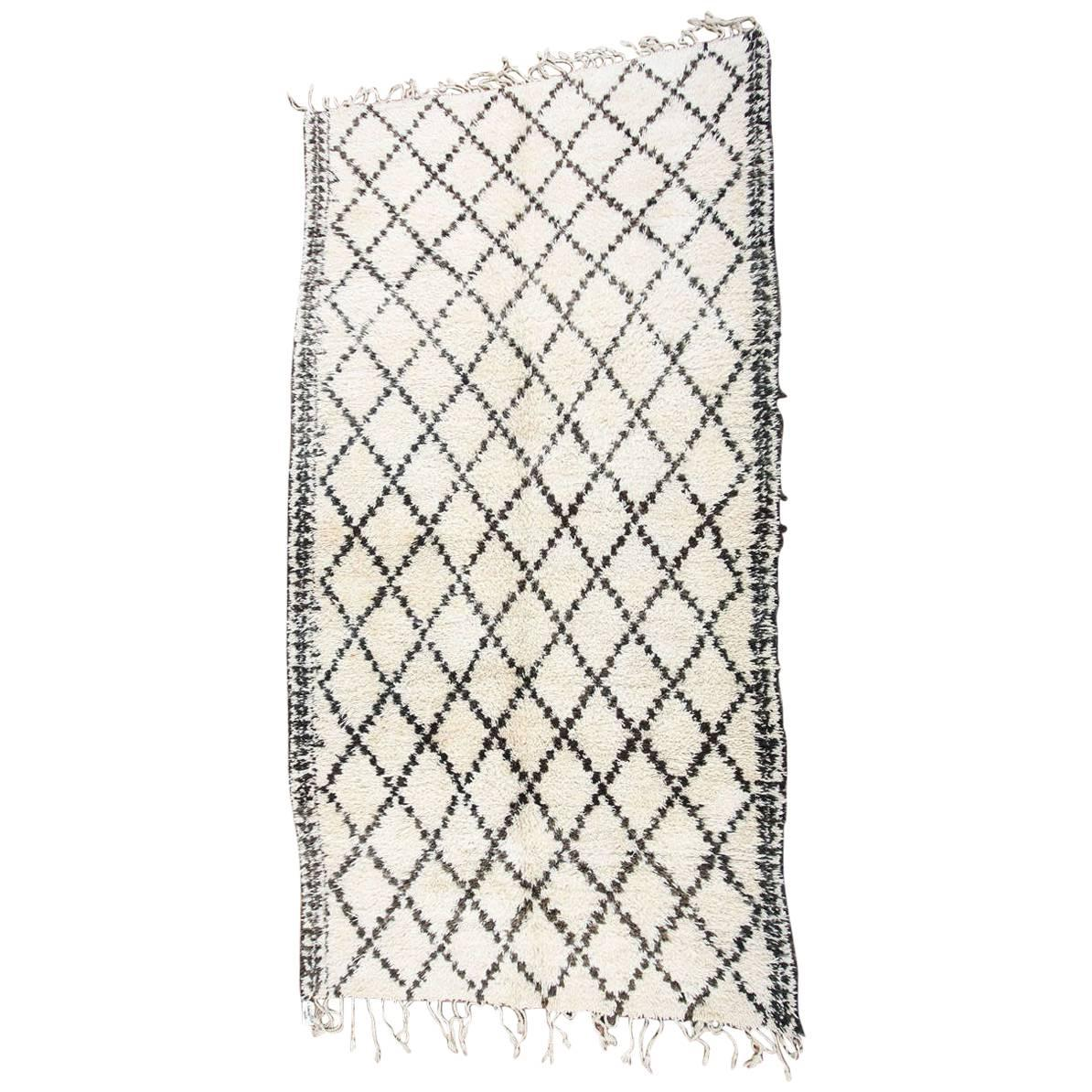 Moroccan Vintage White and Black Beni Ouarain Tribal African Rug
