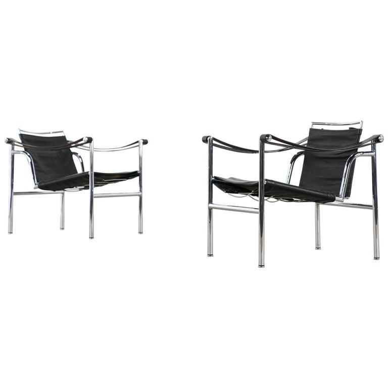 N° 175 / 176 Early / 2x Le Corbusier, P. Jeanneret & Ch. Perriand-LC1 Chair