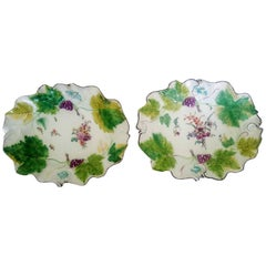 Chelsea Porcelain Red Anchor Period Vine-Leaf Botanical Dishes, circa 1755-1758