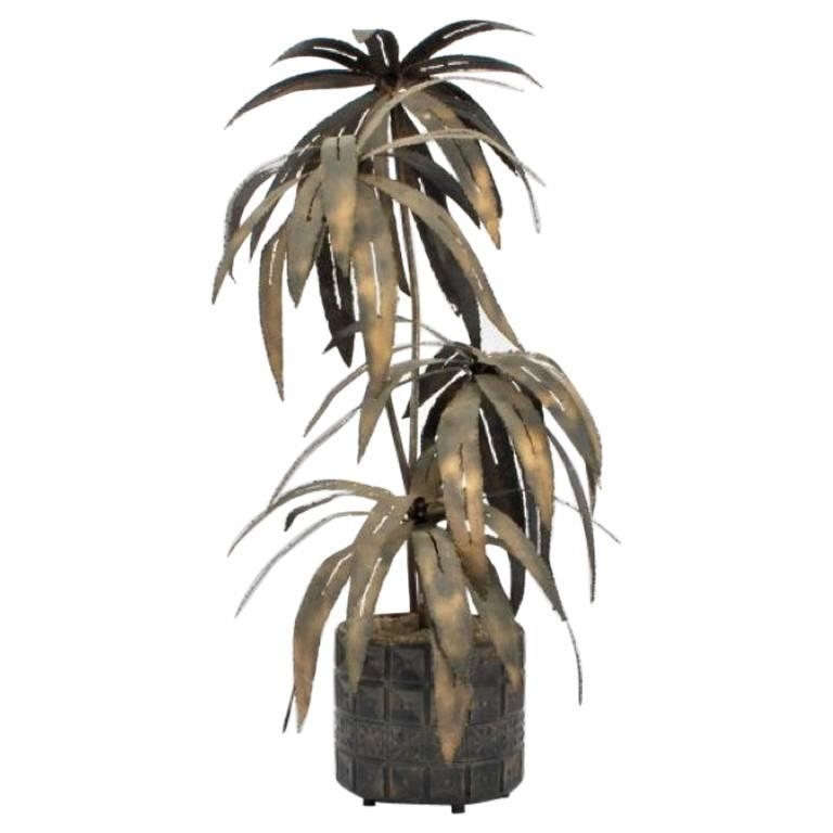 Illuminated Brutalist Palm Tree Sculpture in Paul Evans Style Pot, circa 1970