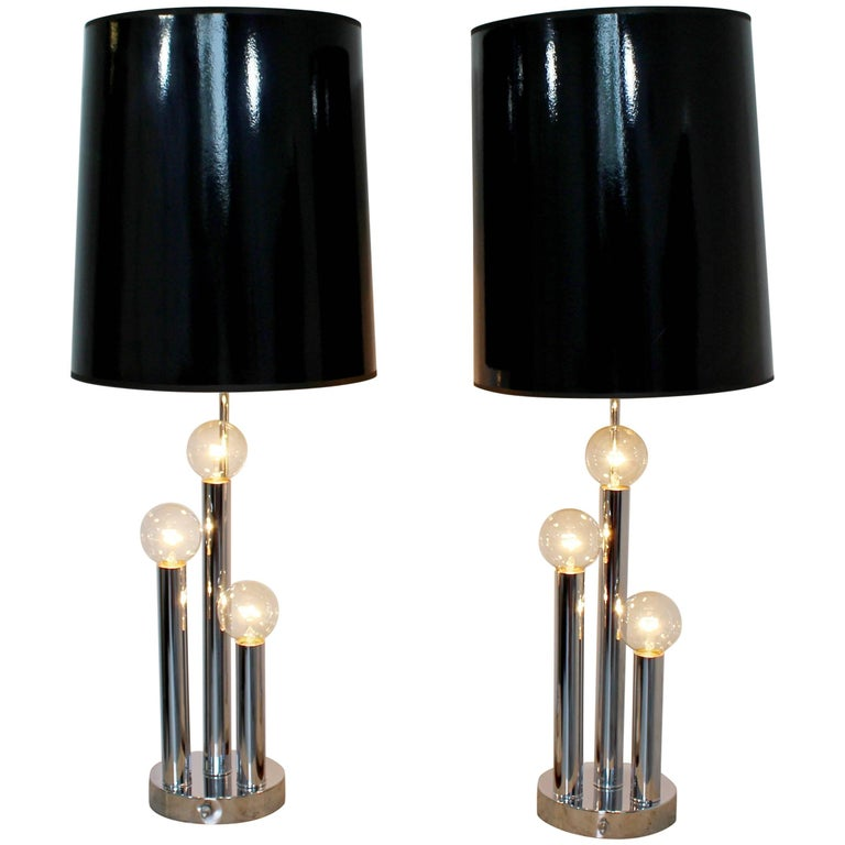 Mid-Century Modern Robert Sonneman Pair of Chrome Three Bulb Table Lamps 1970s For Sale