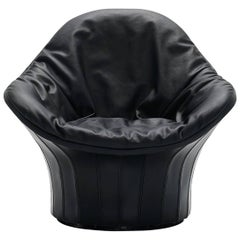 Arflex Lips Armchair in Black Cowhide by Carlo Colombo